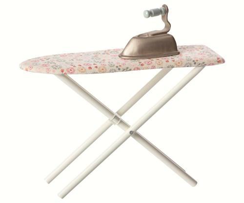 kinder und babygeschenke b gelbrett mit b geleisen von maileg. Black Bedroom Furniture Sets. Home Design Ideas